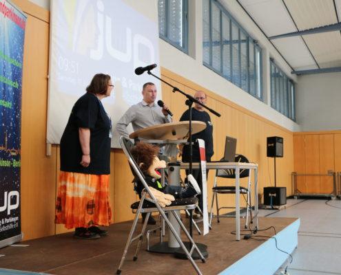 Keep Moving | Taiji-Therapie - Parkinson Symposium in Berlin · Eröffnung mit Jung und Parkinson und Mirko Lorenz